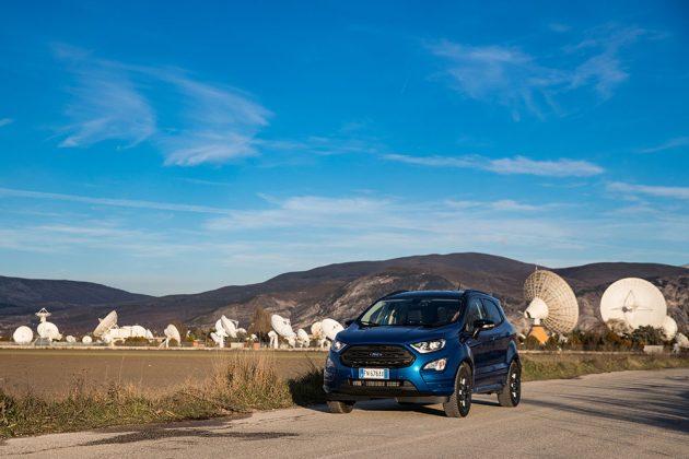 Ford Ecosport blu