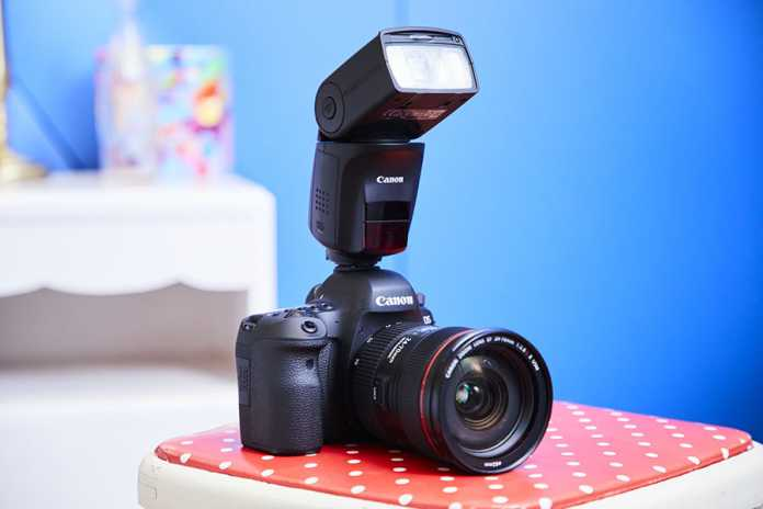 Canon-Speedlite-470EX-AI