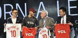 Kevin-Wang-(SVP-TCL-Corporation),-Neymar-Jr,-Affonso-Brandão-Hennel-(Fundador-SEMP-TCL)--e-Sean-Zhang