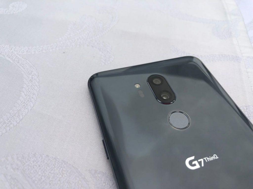 LG G7-b