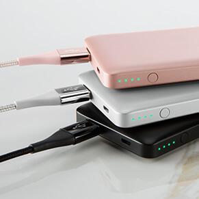 belkin-pocket-power-5k-F7U019-photo-stack-v01-r01