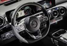 MBUX-Daimler-Cockpit-low