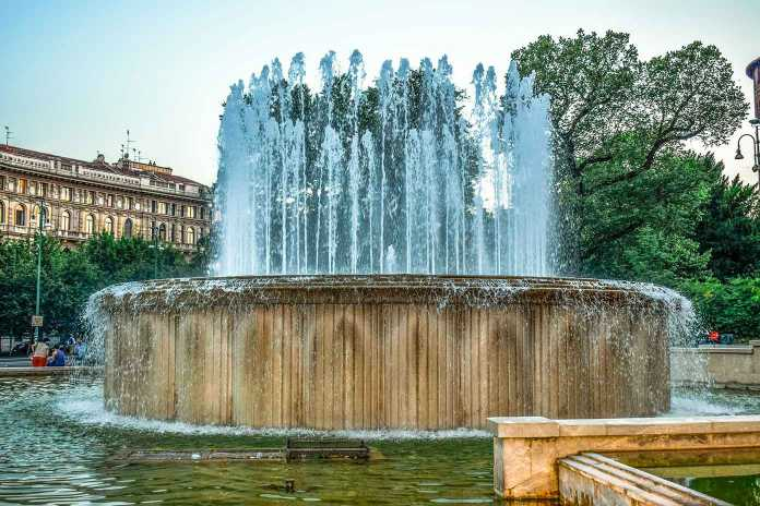 milano-fountain-3554490_1920