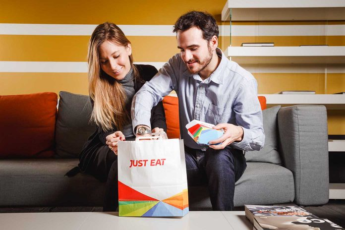 JustEat_social-eating_consegna