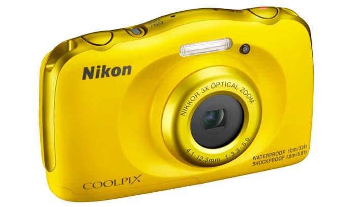 nikon-coolpix100