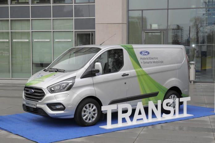 Transit Custom Plug-In Hybrid