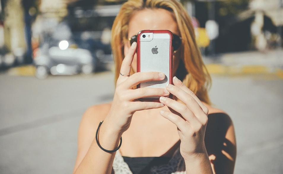 Apple vende meno e crolla in borsa: cosa succede agli smartphone?