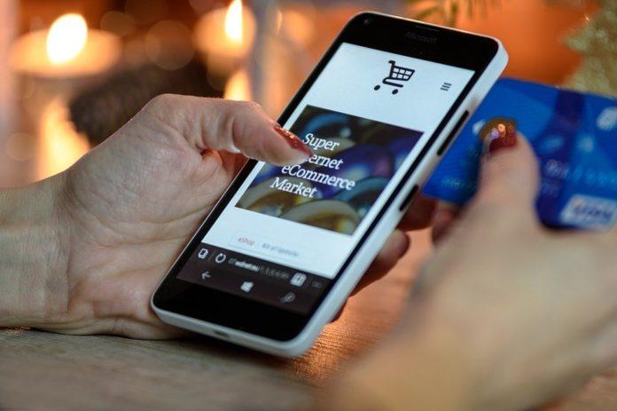 UPS rivela l'identikit dell'e-shopper italiano 2019 e come si comporterà oggi