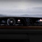 Il primo cruscotto P-OLED di LG debutta sulla nuova Cadillac Escalade