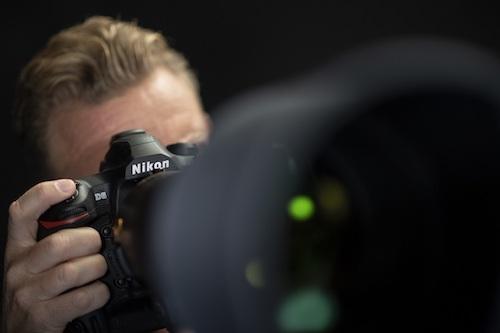 Nikon presenta la nuova reflex D6 e due nuovi obiettivi Nikkor Z